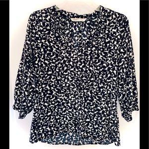 EUC M OldNavy Black&White ButterflyPrint Tunic